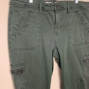 Mossimo Supply Co. Jeans - Mossimo Denim Mid-Rise Skinny Jegging